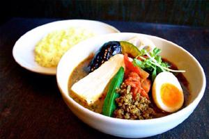 ラムひき肉とオクラの納豆カリー